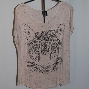 Bobeau Tee with Leopard-Designed With Beads
